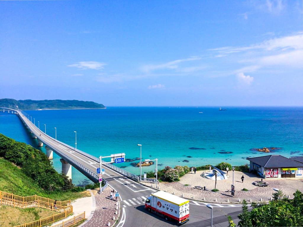 /どこまでも絶景が広がる角島大橋-1024x768