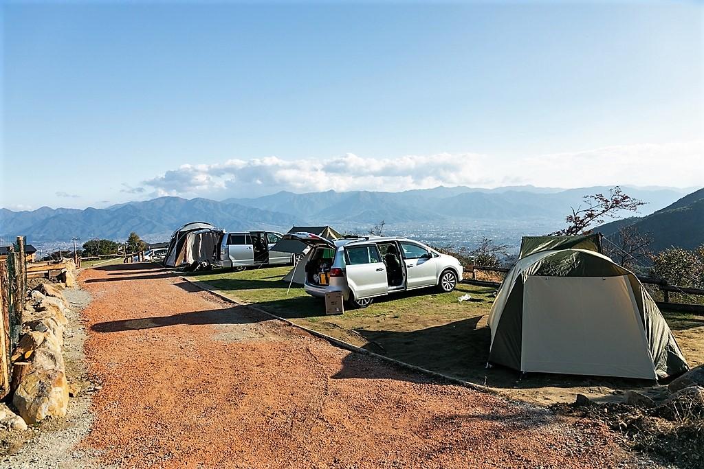ほったらかしキャンプ場区画サイト写真