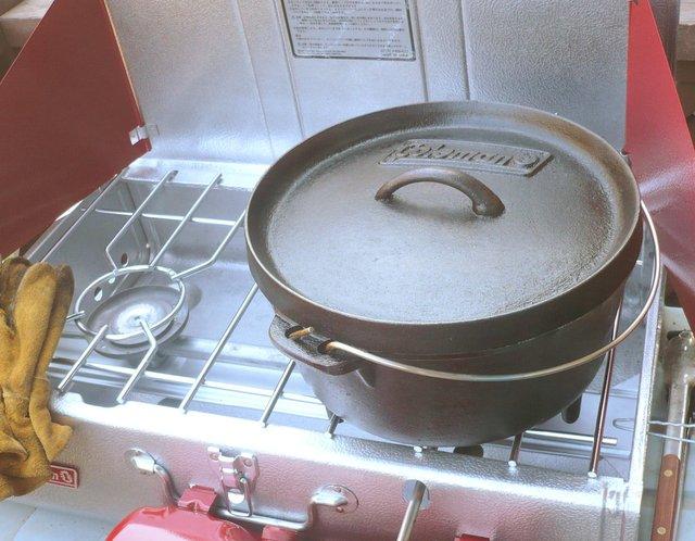 /ダッチオーブンをシーズニング