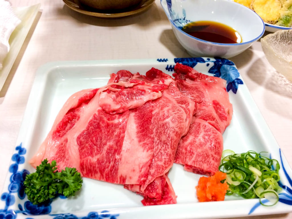 /ツーリング最後の夜に食べた近江牛肉-1024x768
