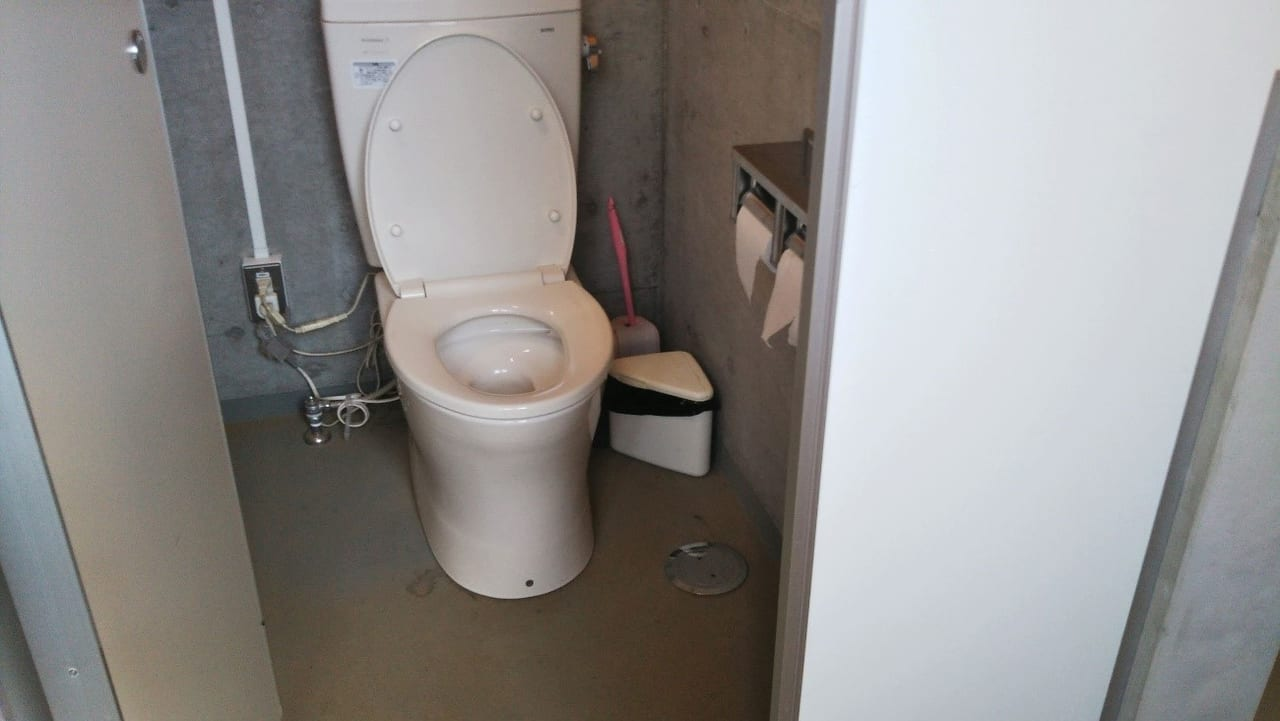 /トイレは洋式で綺麗