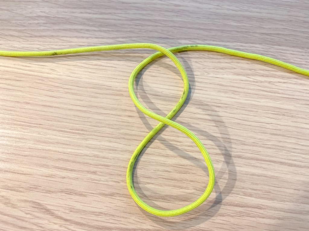 /バタフライ・ノットの結び方Aパターンその2-1024x768