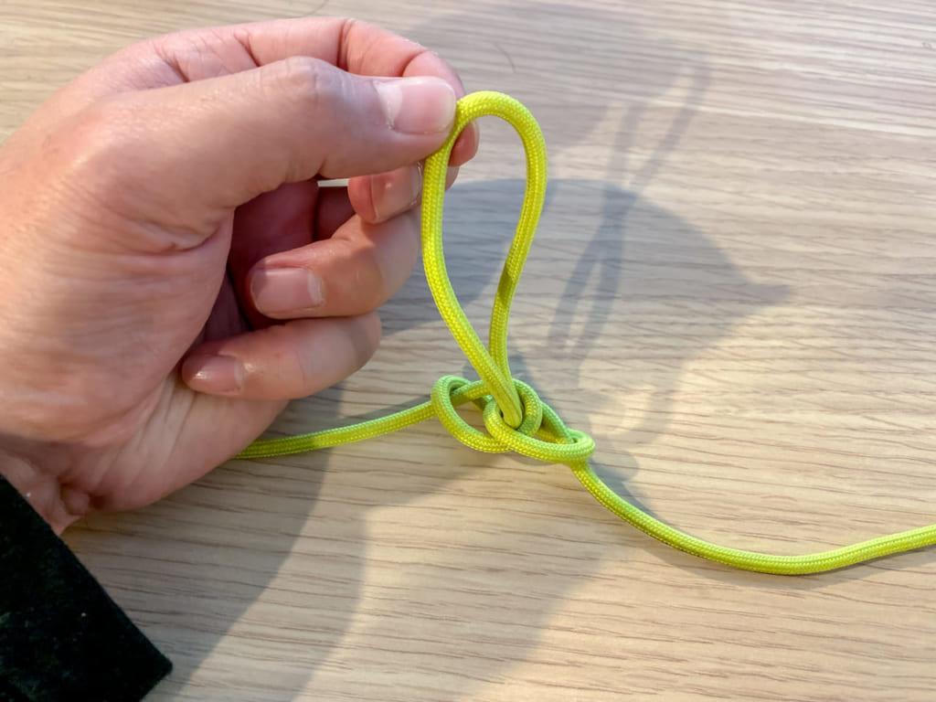 /バタフライ・ノットの結び方Aパターンその6-1024x768