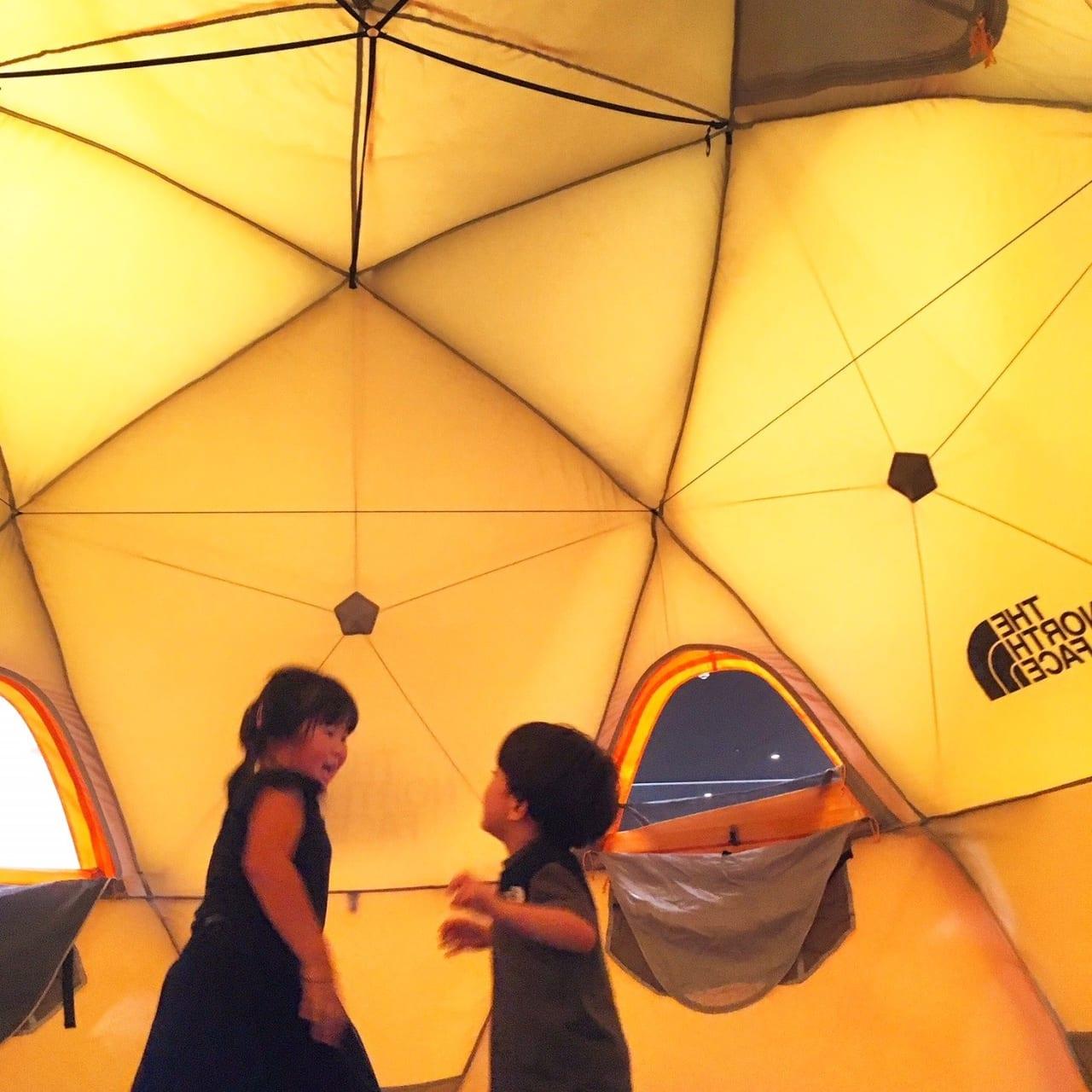 /ホームセンターに展示してあるテント