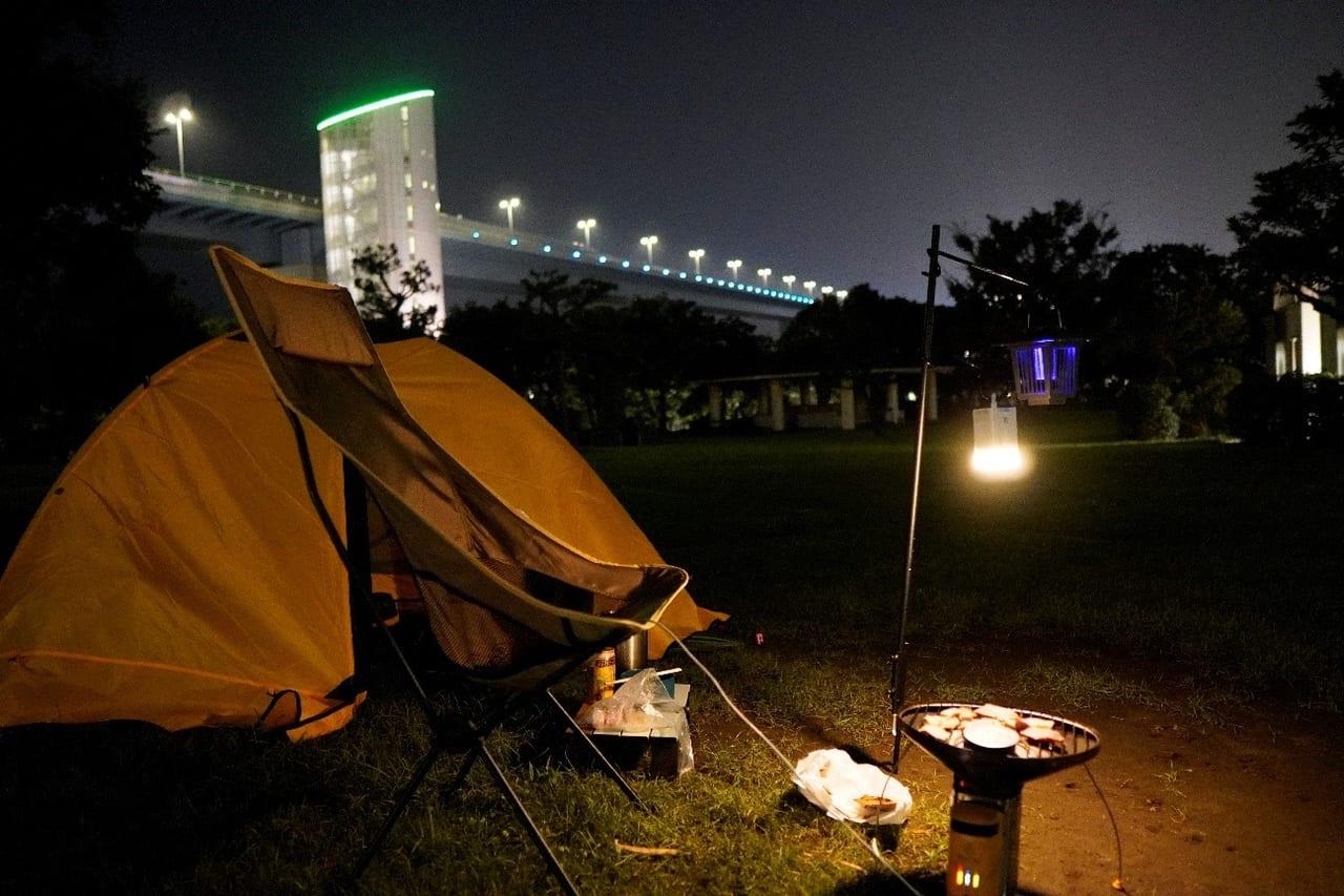 /夜のテントサイト