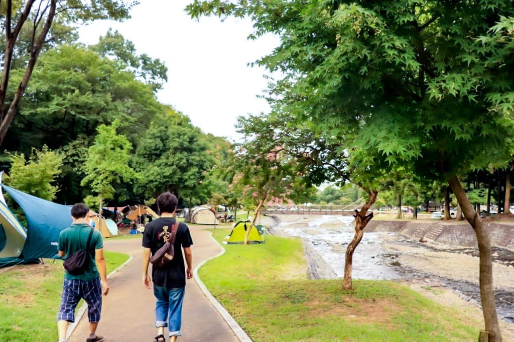 /大津谷公園キャンプ場を散歩-1024x683