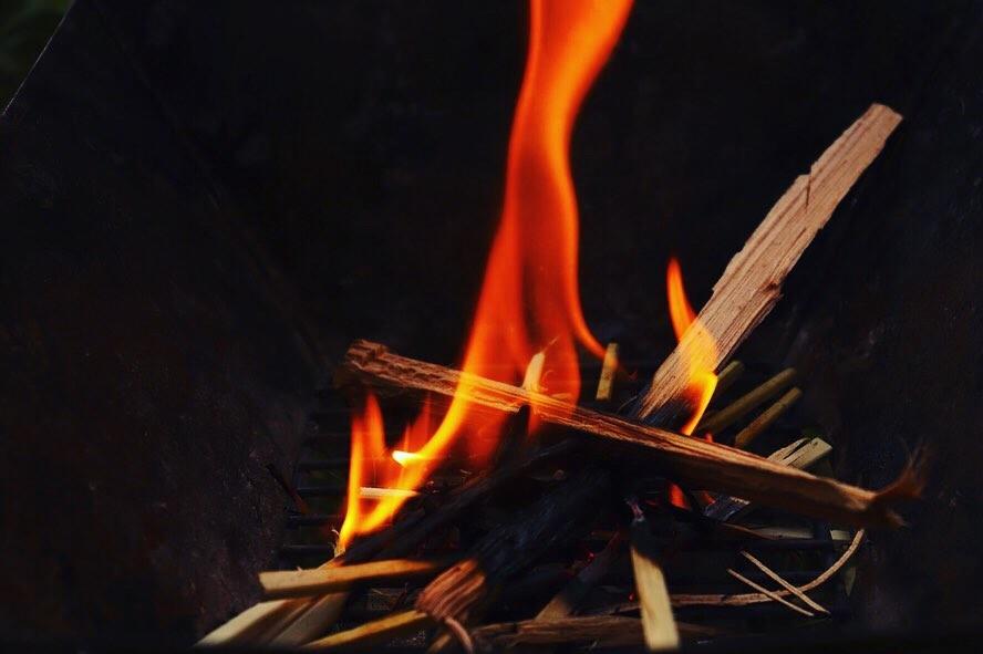 /焚き火の写真