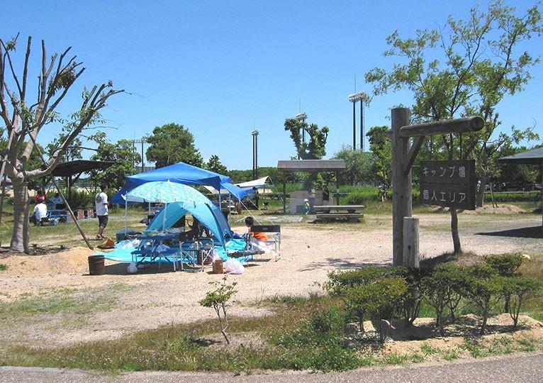 /矢橋帰帆島公園キャンプ場の写真