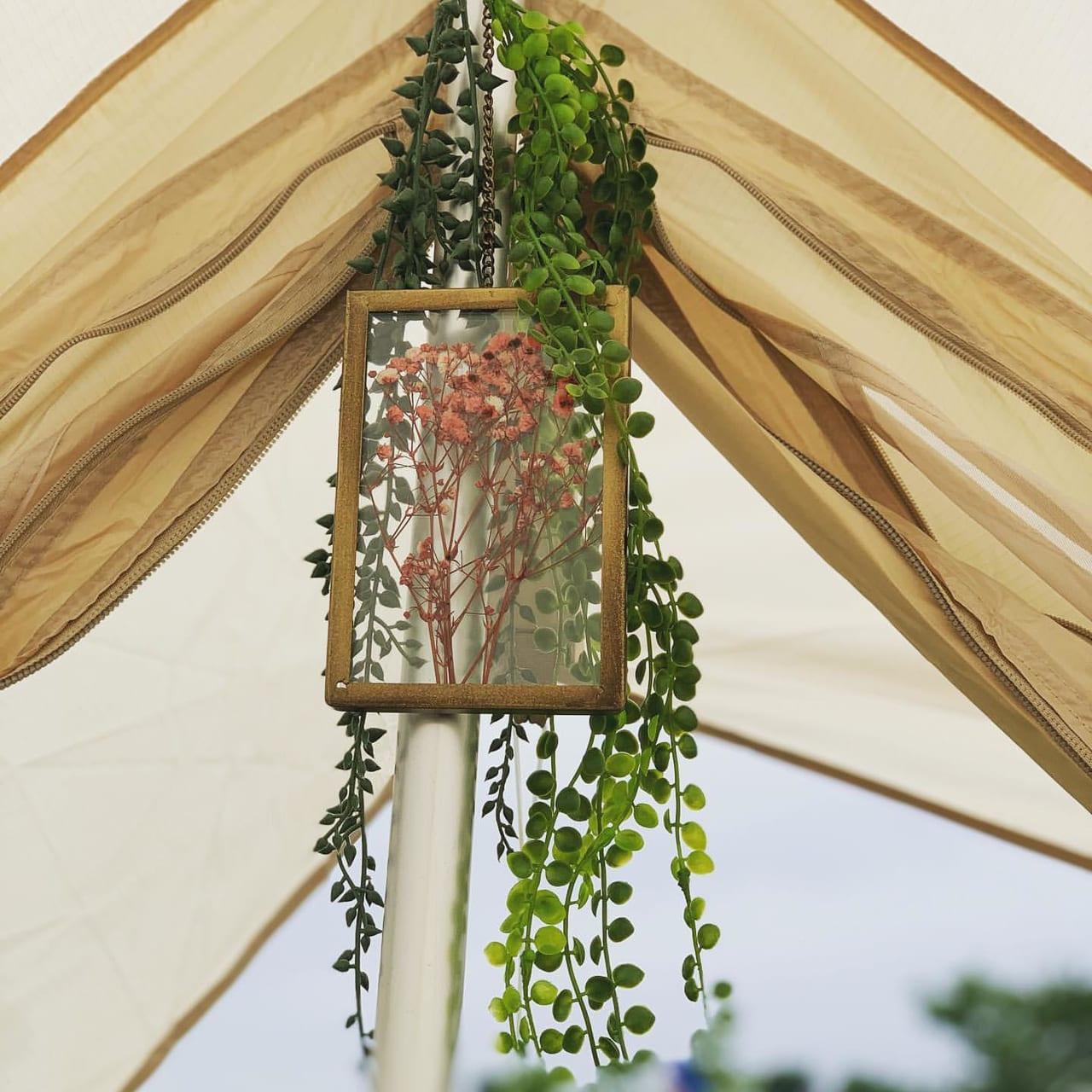 秋キャンプをドライフラワーで飾り付け