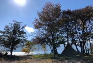 栃木県奥日光「菖蒲ヶ浜キャンプ場」高原の湖と森・光に包まれて