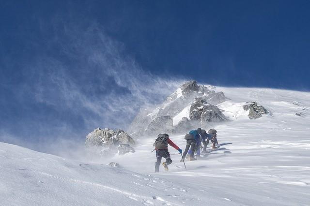 /雪山への登山