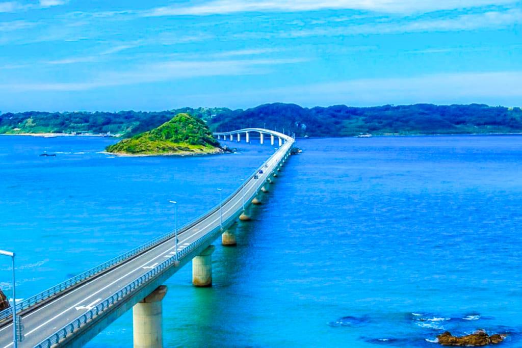 /青々とした海が広がる角島大橋-1024x683