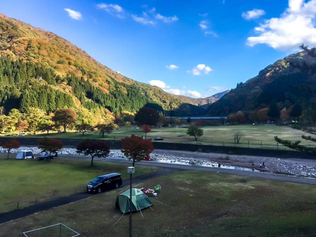 麻那姫湖青少年旅行村の全景-1024x768