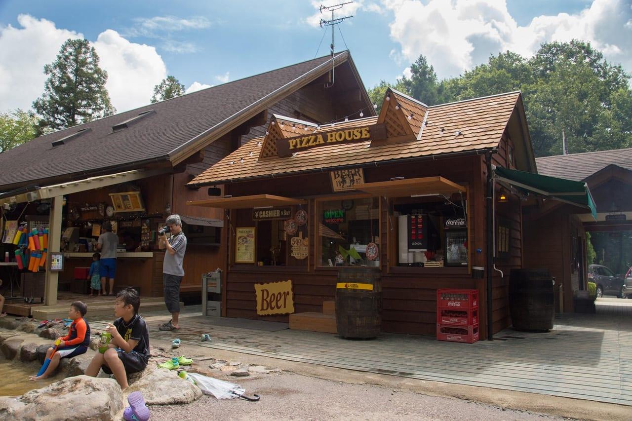 /1185-camp-cabins10
