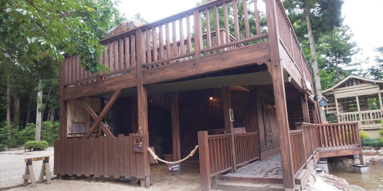/1185-camp-cabins18