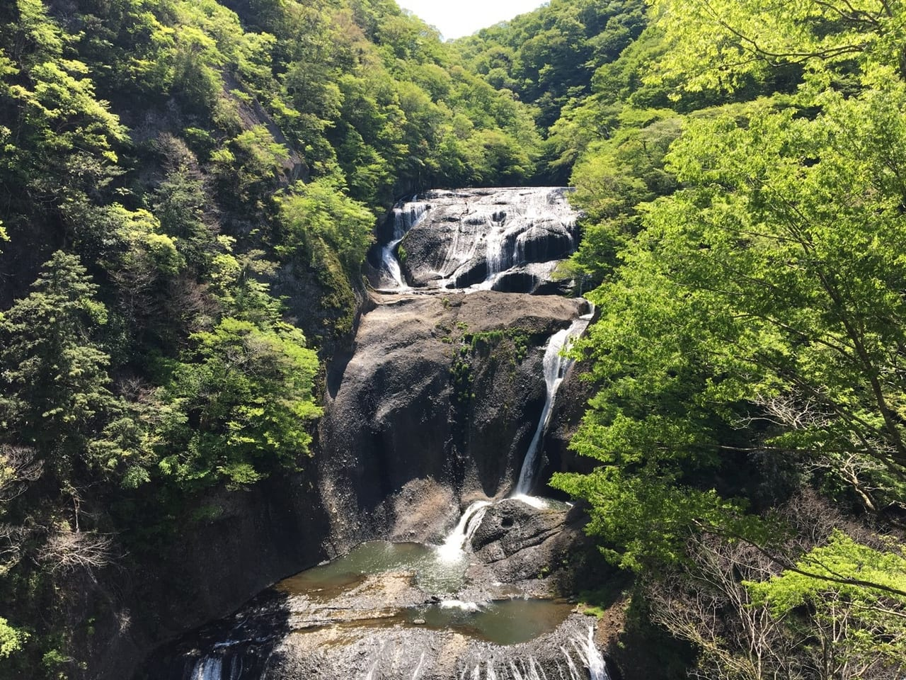 /1247-full-view-of-fukuroda-falls