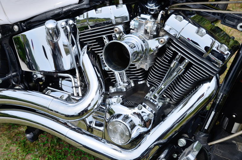 ハーレーのエンジンとマフラー