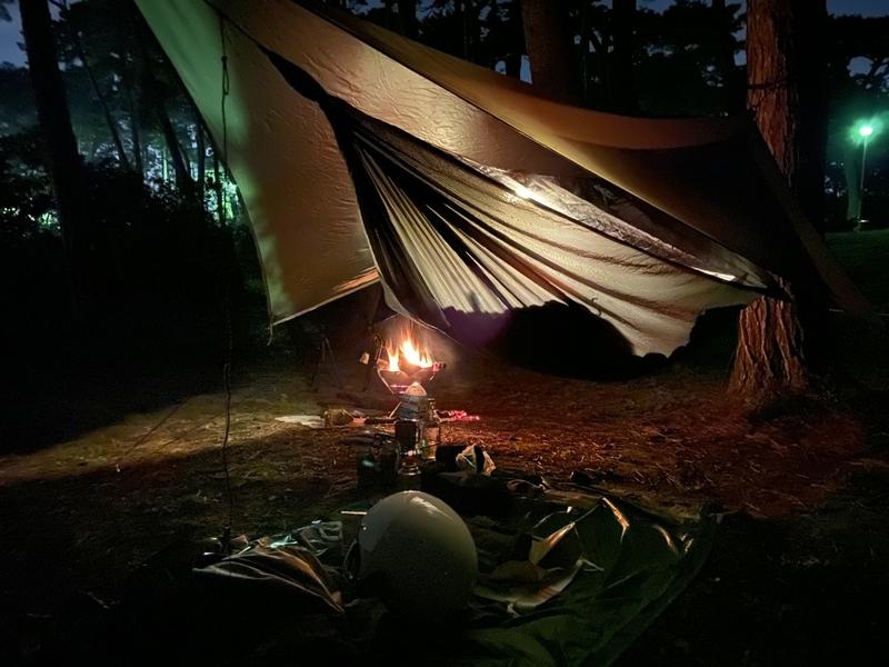 ヘネシーハンモックハイパーライトでソロキャンプ