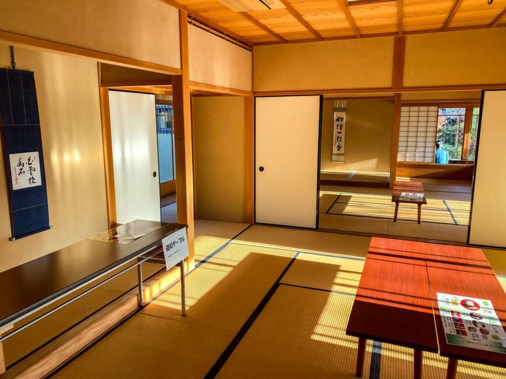 おおすみ山居の素敵な和室1-1024x768