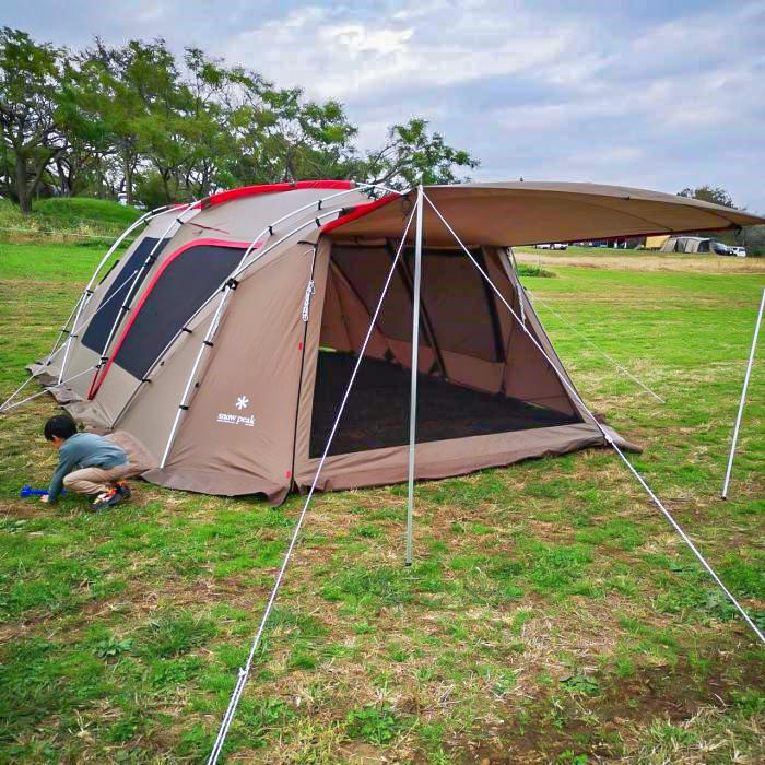 お座敷スタイルにおすすめのテント「ランドロック」