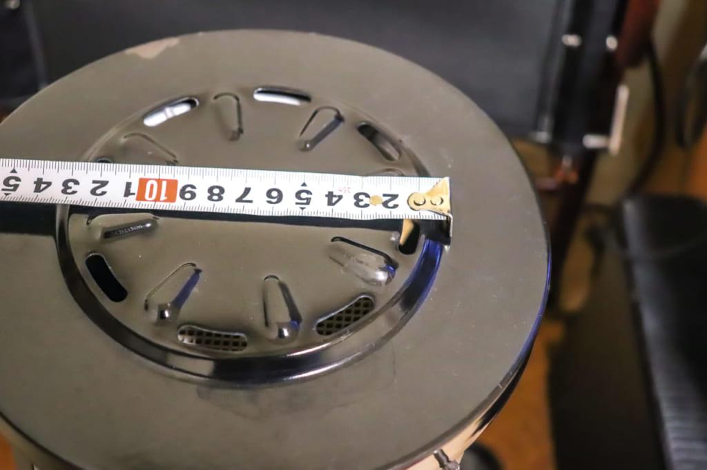 アラジンストーブのエコファンを置くスペース-1024x682