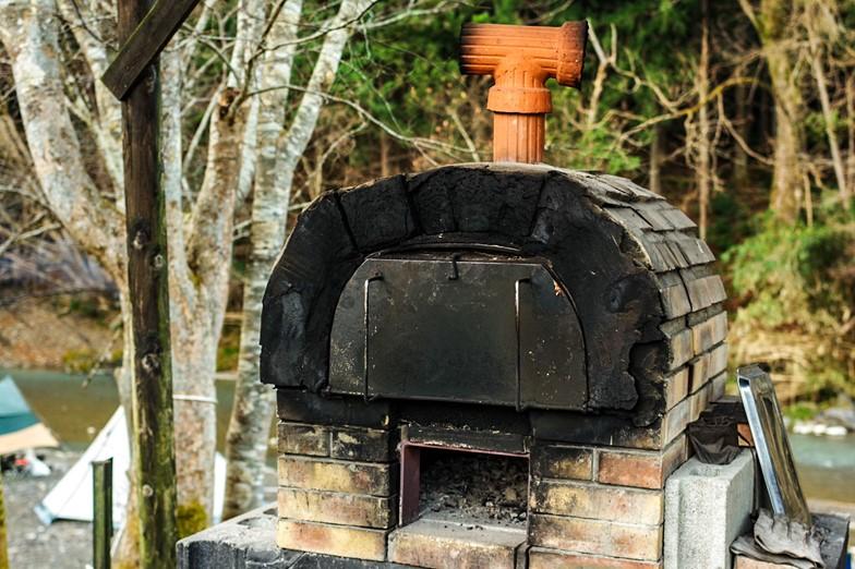 時間制でレンタルできるピザ窯