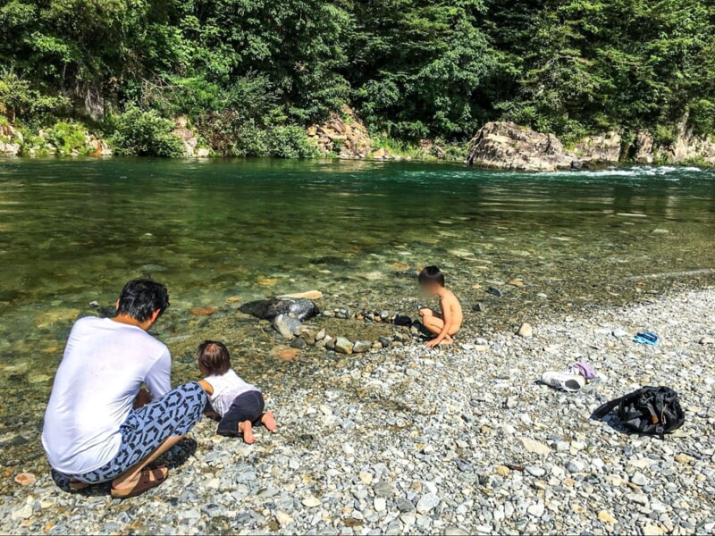 お花見キャンプ・川遊びに最適!福岡ローマン渓谷オートキャンプ場