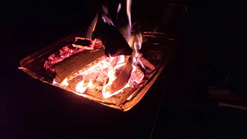 7823-楢の薪と焚き火