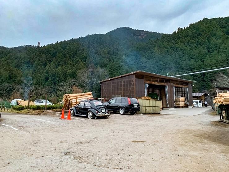 CAZUキャンプ場の駐車場