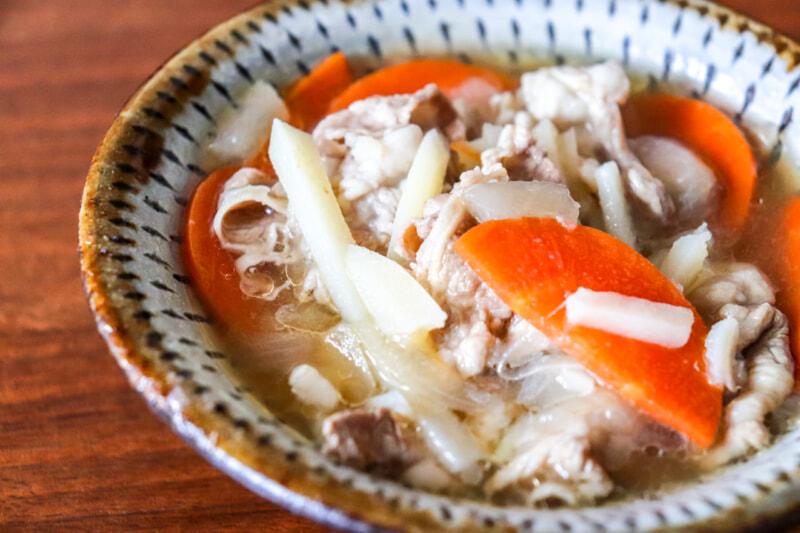 キャンプのスープレシピはこれだけ覚えればOK!じゃがいも、玉ねぎ、にんじん七変化