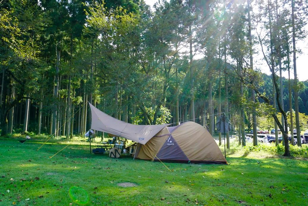 たけくらべ広場でキャンプ