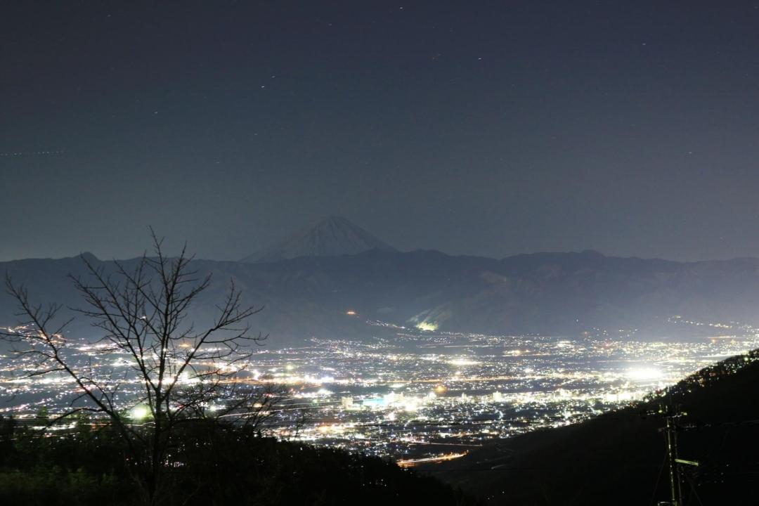 ほったらかしキャンプ場の絶景夜景