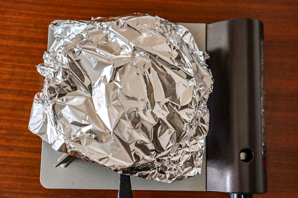 アルミホイルで蓋をしてチーズが溶ければ完成