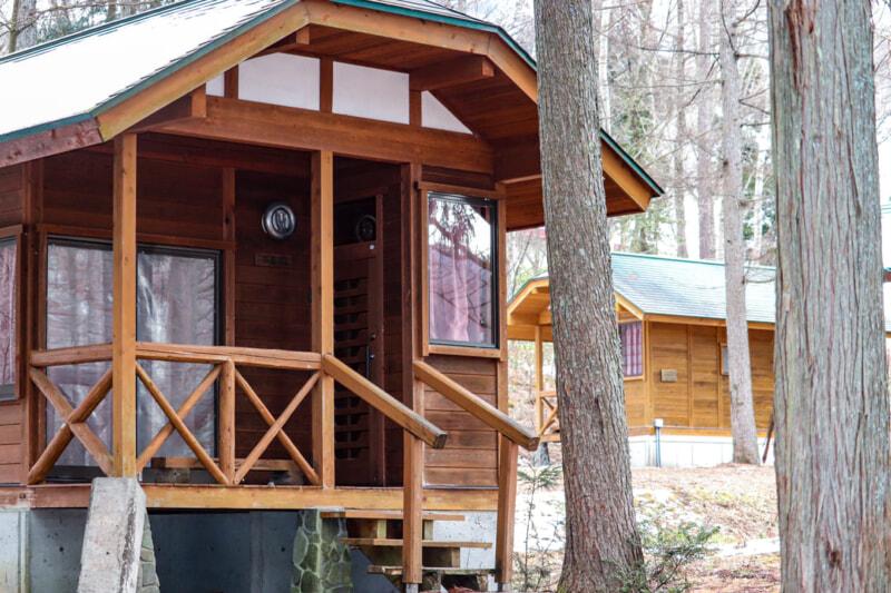 一色の森キャンプ場で真冬のバンガロー泊