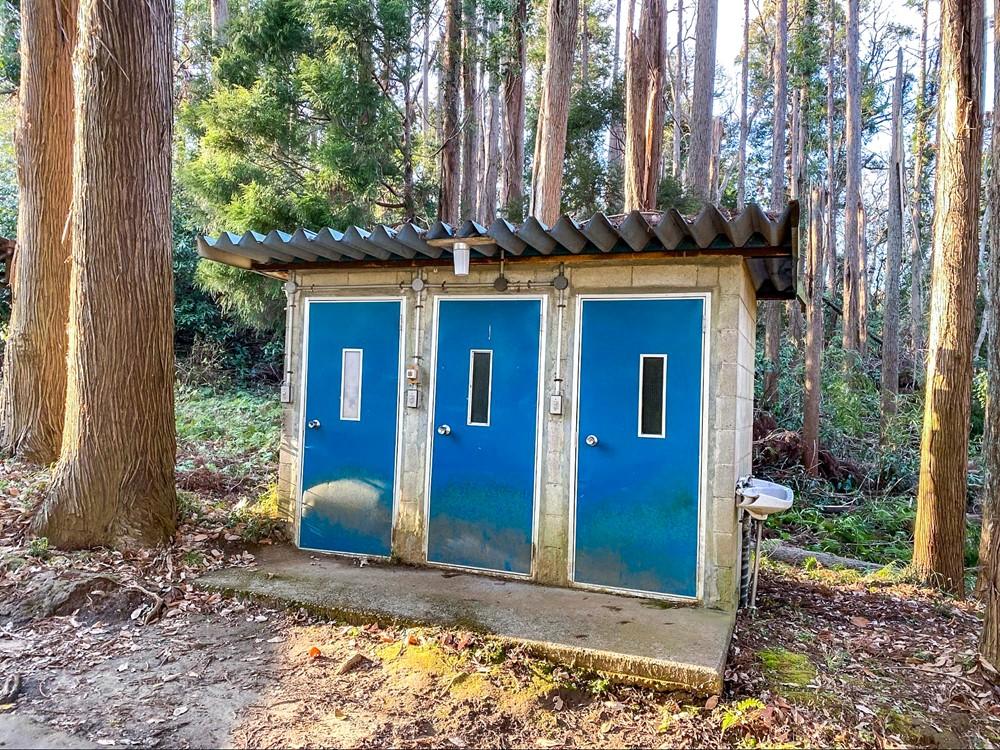勝古沢キャンプ場のトイレ