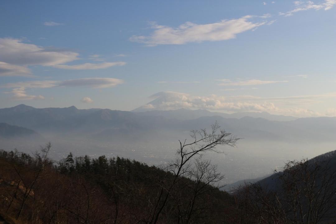 富士山と笠雲