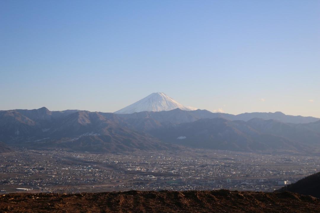 新サイト予定から見える富士山