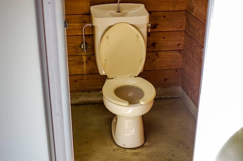やまぼうしオートキャンプ場のトイレ