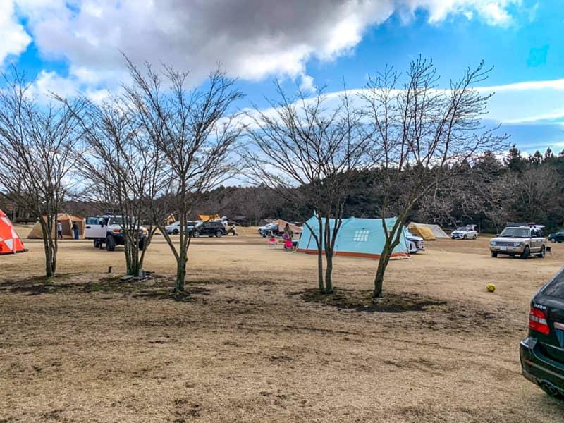 やまぼうしオートキャンプ場は広くてプライベート感が保てる
