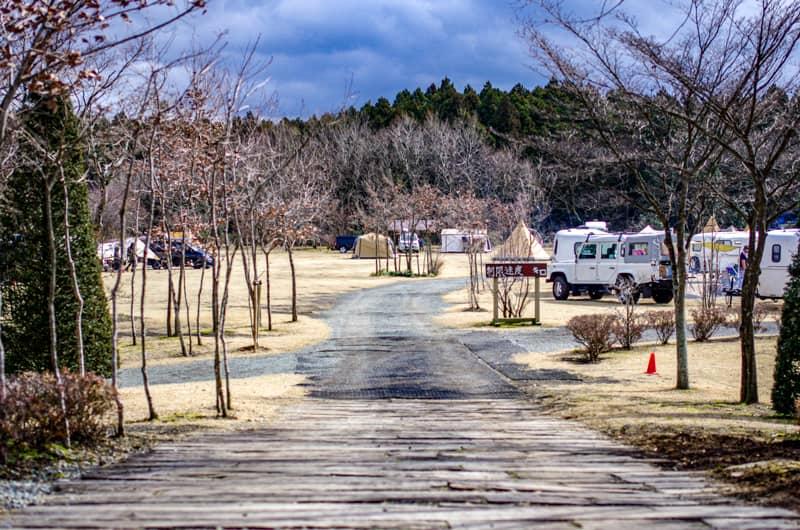 やまぼうしオートキャンプ場入口からの眺め