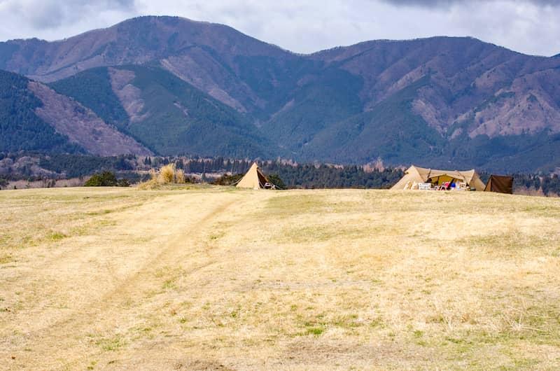 全貌がみえない巨大なキャンプ場