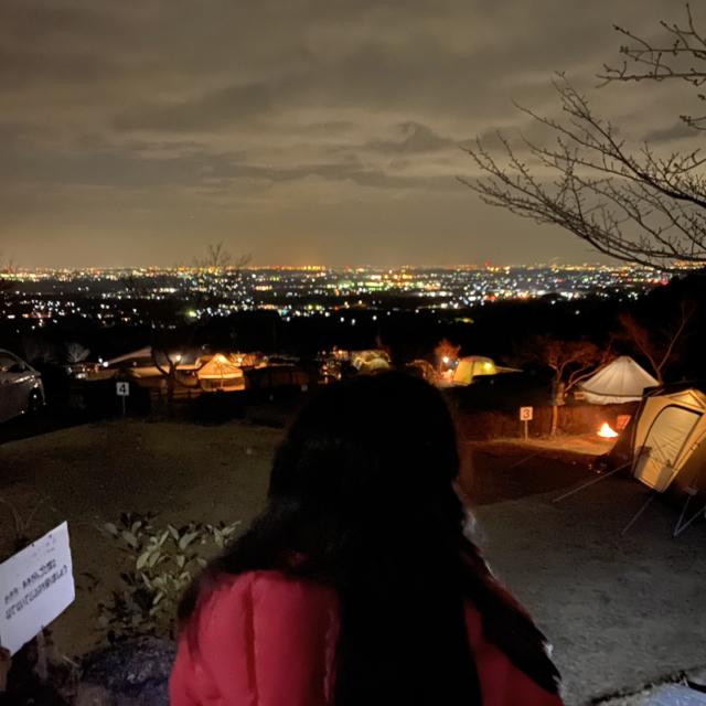 三重県一の夜景を望む尾高高原キャンプ場でおしゃれキャンプを満喫
