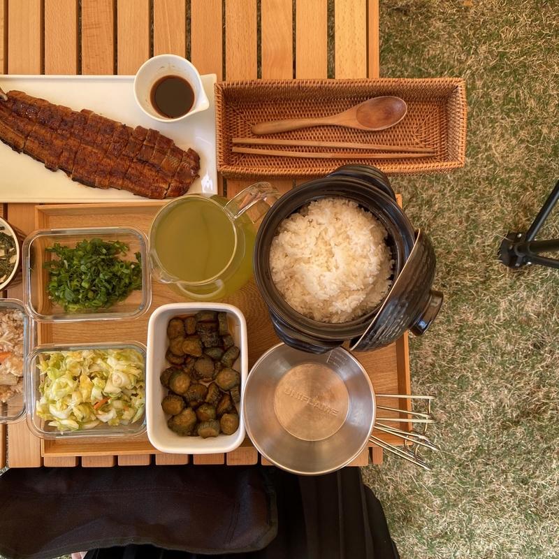 キャンプ料理のテーブルコーディネート術-12
