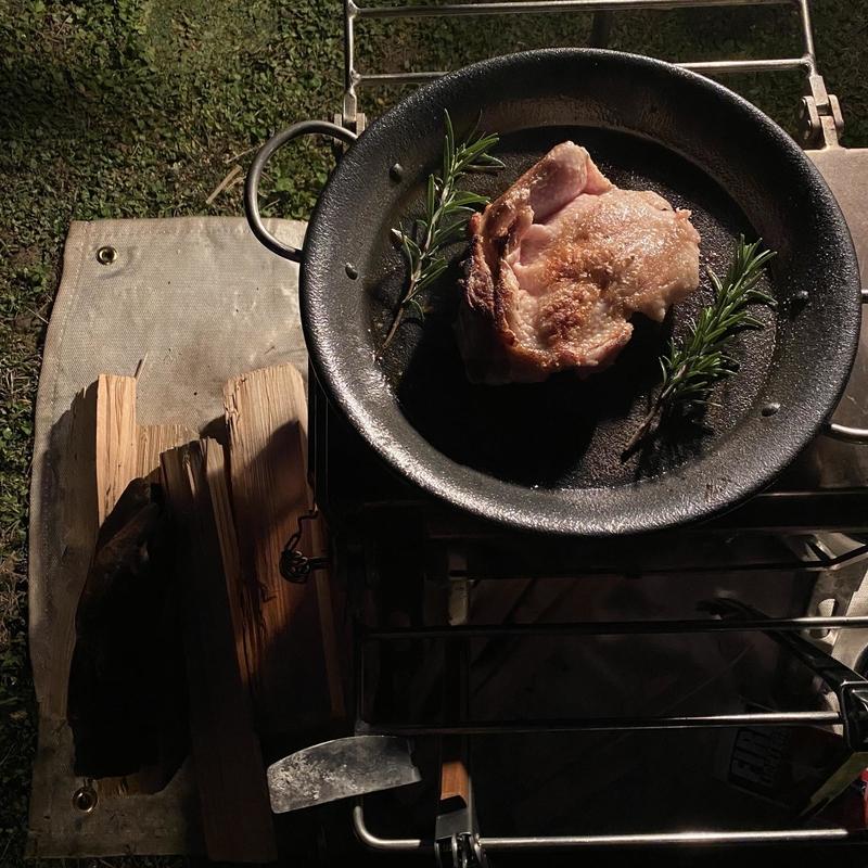 キャンプ料理のテーブルコーディネート術-19