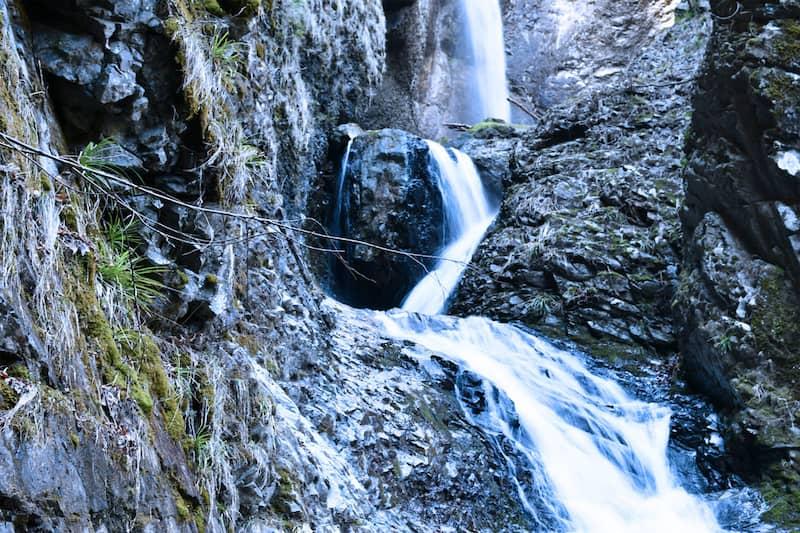 竜化の滝-e1590187196674