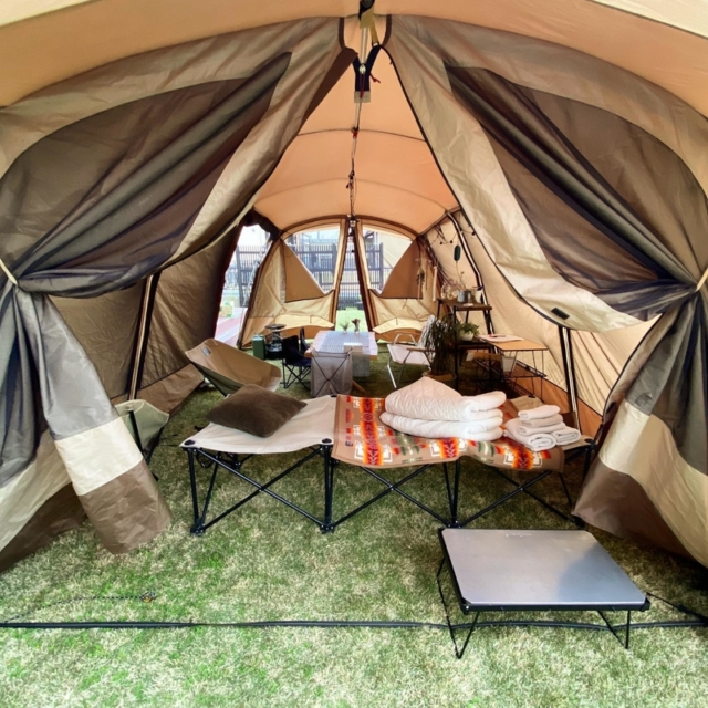 マンネリ回避にもおすすめ!夏らしいテント内コーディネートを楽しむレイアウト術