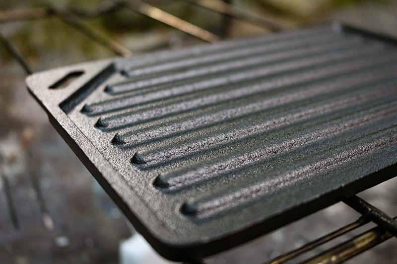 鉄板の溝と全体