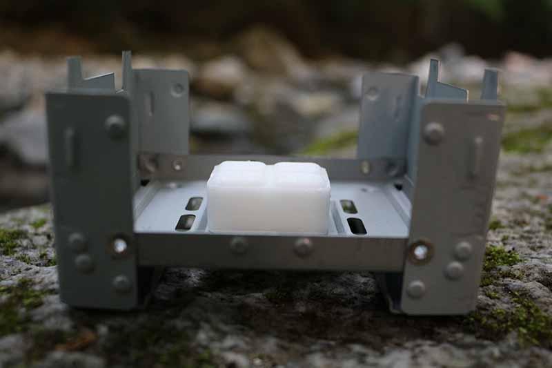 エスビットポケットストーブミリタリーと固形燃料