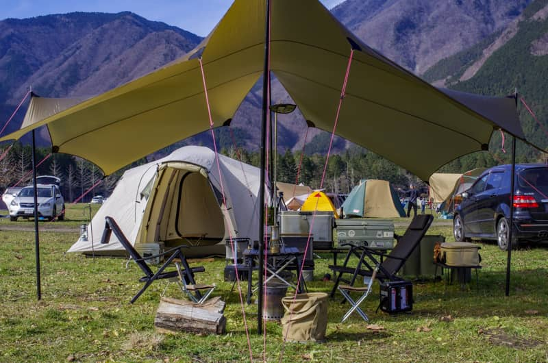 キャンプスタイルにマッチするデザインと材質