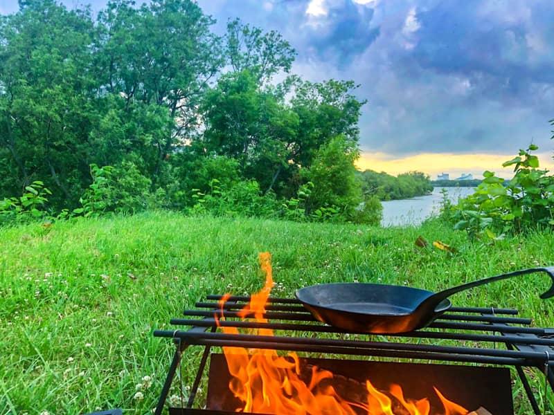 タークと焚き火スタンド